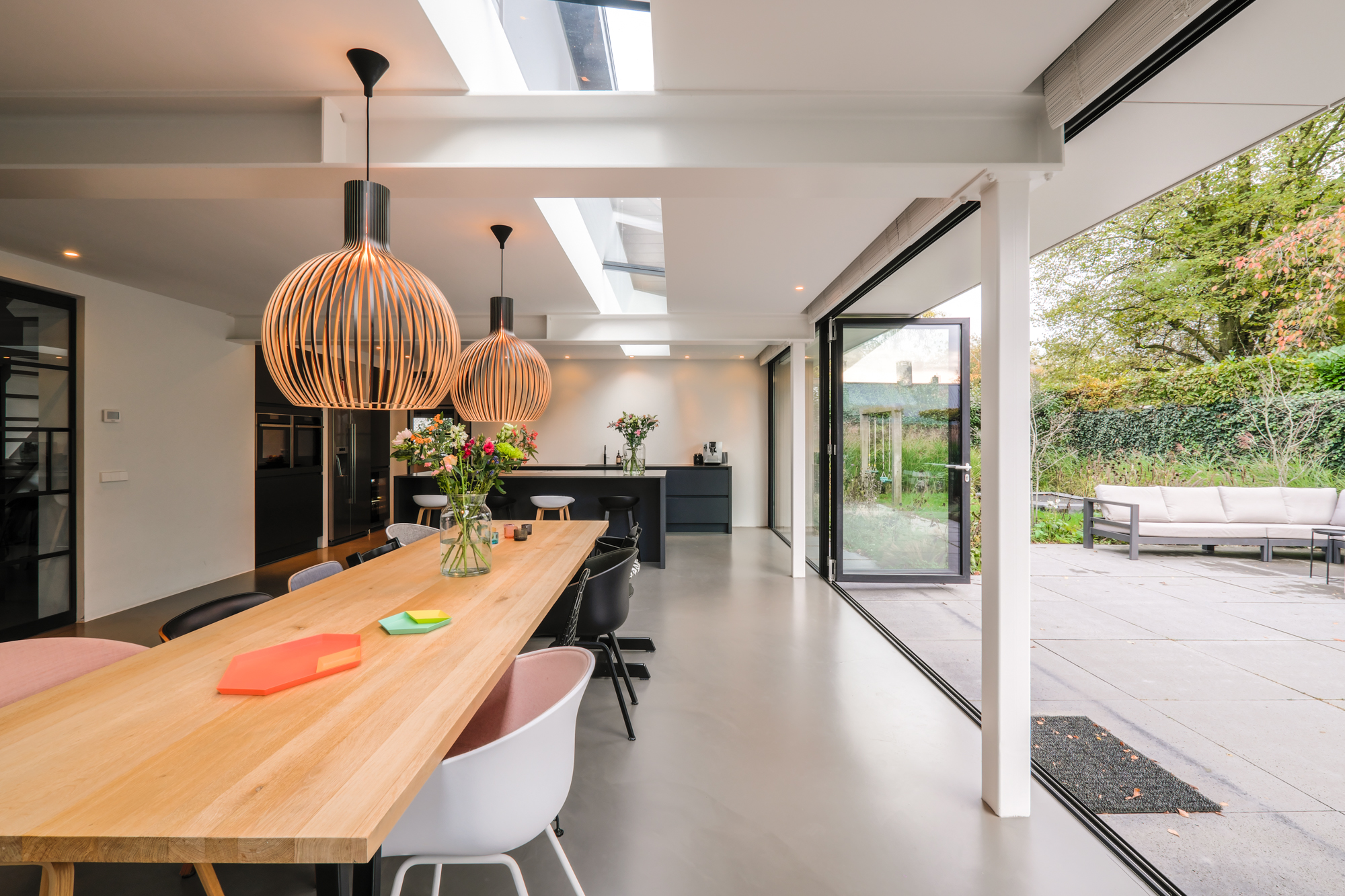 van-os-architecten-breda-ontwerp-moderne-aanbouw-met-aluminium-vouwschuifpui-stalen-draagconstructie