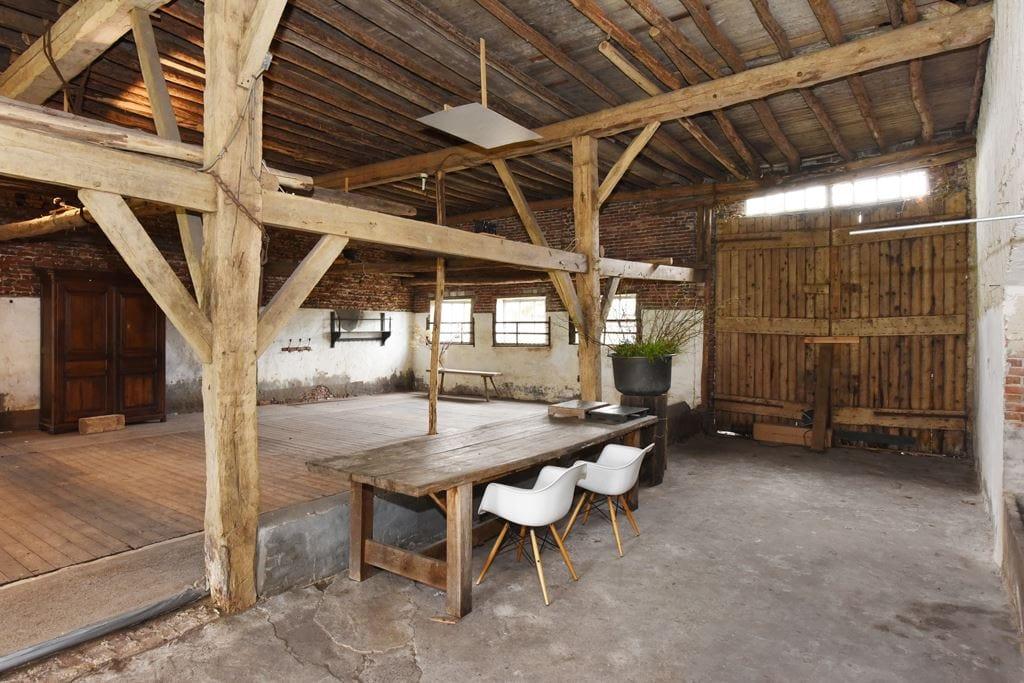 van-os-architecten-transformatie-oude-boerderij-schuur-tot-woonhuis-Galder-oude-bestaande-doorgang-deel