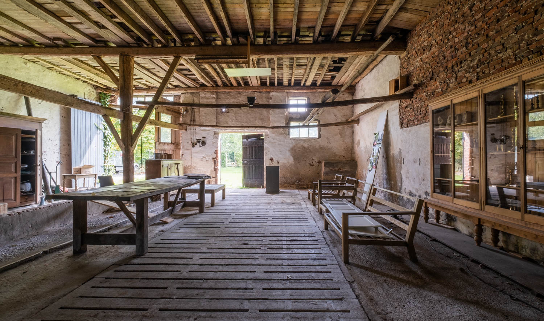 van-os-architecten-transformatie-oude-boerderij-schuur-tot-woonhuis-Galder-bestaand-interieur-richting-markdal