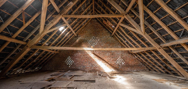 van-os-architecten-transformatie-oude-boerderij-schuur-tot-woonhuis-Galder-bestaande-houten-balken-kapconstructie